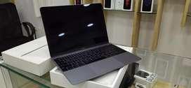 Apple Macbook 12 inch retina display