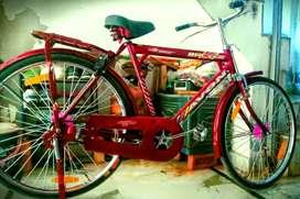 Atlas cycle/abhi sirf 2 week hua ha/ and very good condition