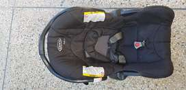 Graco car Carry cot and car seat