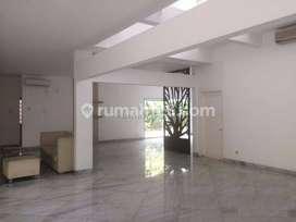 Rumah Mewah 2 Lantai di Gatot Subroto sangat Cocok Untuk Kantor, Gatot