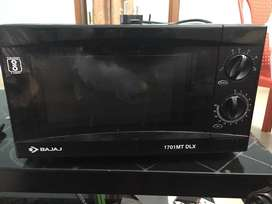 Microwave oven in very good condition