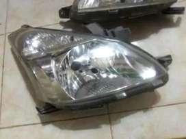 Sparepart mobil lampu depan all new avanza