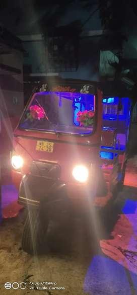 E- Alfa mini Mahindra toto rickshaws