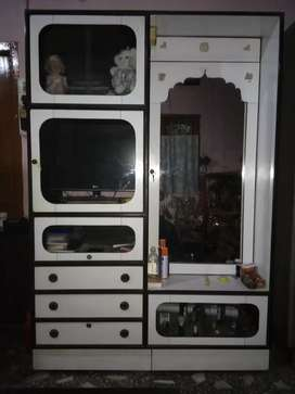 BEST QUALITY WOODEN DRESSING WARDROPE