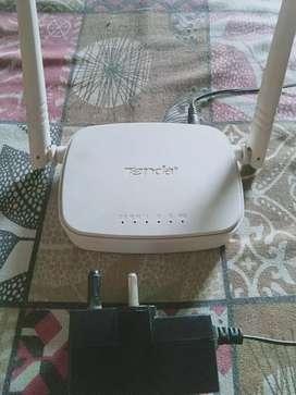 Tenda wireless set up WiFi router