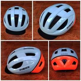 Helm Sepeda Model 8