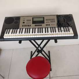 Selling excellent quality Piano (Casio Music Keyboard)