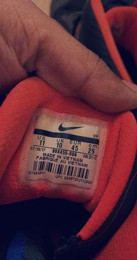 Nike originals basketball shoes