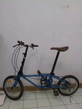 Dahon da bike blue