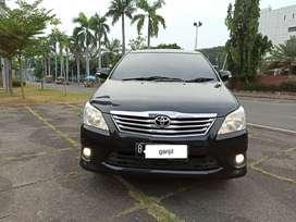 Toyota Innova 2.0 V AT 2012 Hitam