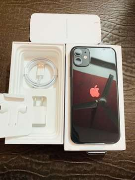 iPhone 11 64gb black New 20 days old activated