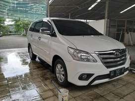 innova diesel matic,low km, matic diesel,AD , captain seat