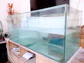 fish aquarium (4' * 2') for sale.