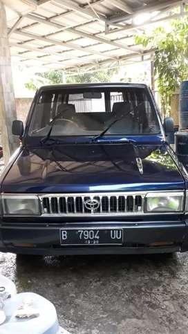 Mobil toyota Kijang Super G tahun 95