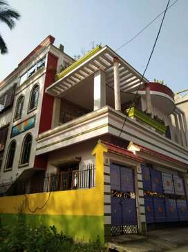 Fully decorated vila available for sell..
