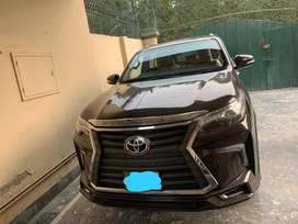 TYOTA Fortuner 2017  Automatic