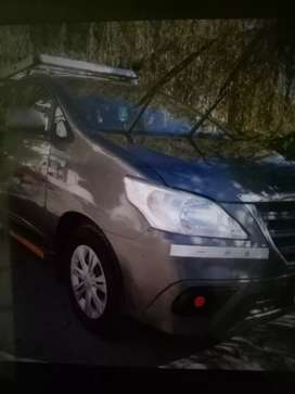 Toyota Innova frist owner original paint new Tyre with music system