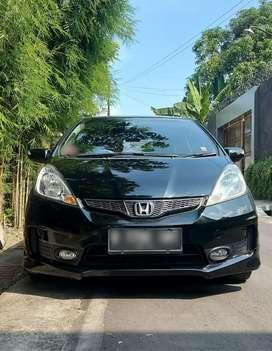 ALL NEW HONDA JAZZ RS Automatic,th: 2012,KM 10rb,pjk baru gress bln 6