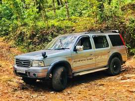 Ford Endeavour 2004
