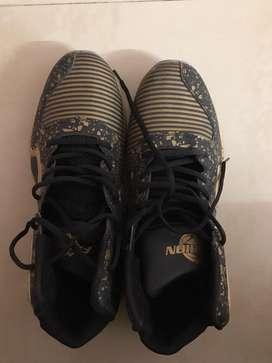 Basket ball shoes