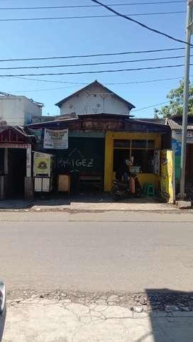 Ruko 2 lantai cocok buat pebisnis lokasi pusatnya kecamatan bayongbong