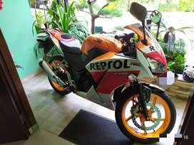 Honda CBR 150 R 2014 KM Low Rare Item