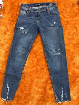 Ripped Jeans Nevada