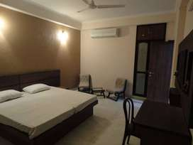 One room set on rent in dlf cyber city gurgaon 24 hours water facility