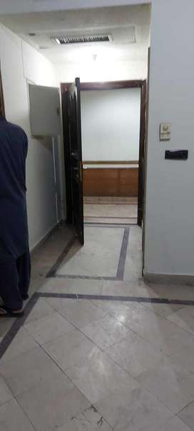 800 sqfeet office is available for rent in Sidiq Trade Centre Gulberg