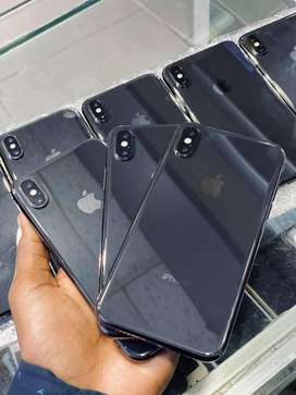 IPHONE X 64 gb and 256 gb offical pta approved