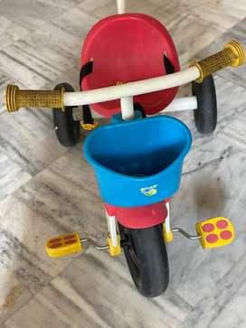 Ride on bi-cyvle for infant