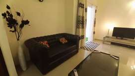 FULLY FURNISHED 3 BEDROOM FLAT FOR RENT IN GOLDEN LOTUS
