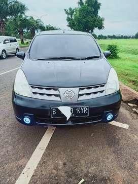 Nissan Grand Livina 1,5 XV 2010 Autometic Hitam
