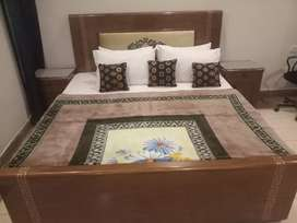 HOTEL short stay 2000 & luxury bed tooms Night 3000 & weekly 15000