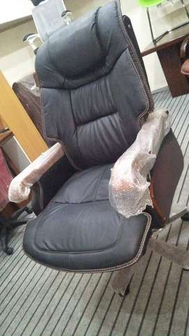 Reclined Imported Boss Chair
