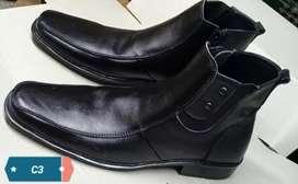Sepatu formal warna hitam full