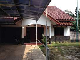 Dijual Rumah luas siap huni daerah Cibubur tipe 270/430