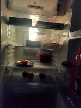 Videocon 254 L Double Door Refrigerator for 15000