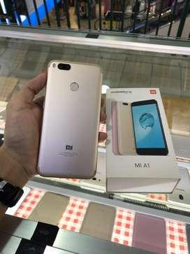 Xiomi Mi A1 4/64GB mulus tanpa lecet fullset ori..