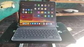 Ipad pro Gen 3 64gb wifi only inter mulus + smartkeyboard