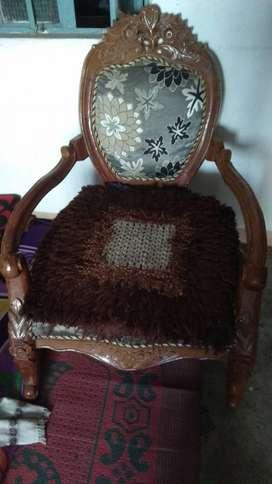 Newly condition sofa set