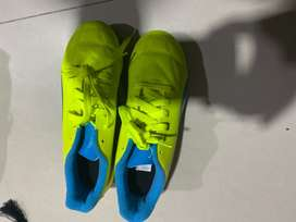 Soccer shoes for boy