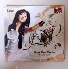 "CD INDAH DEWI PERTIWI ""TEMAN TER-INDAH"".  ORIGINAL SEGEL NEW OLD STOCK"