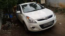 I20asta abs top end  model crystal white