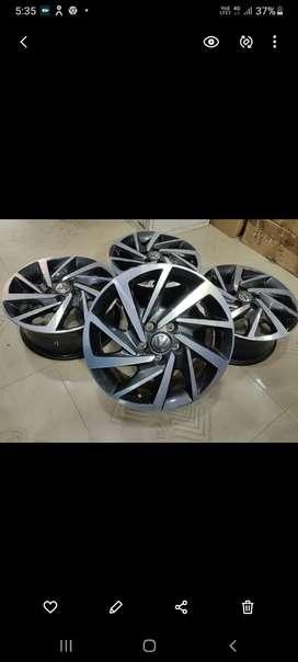 Polo alloy wheels