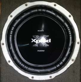Xplod Woofer 1500 Watt and Fremier 2000 Watt Amlplifier