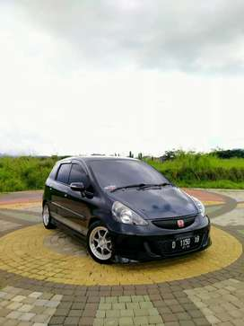 -Honda jazz 2007