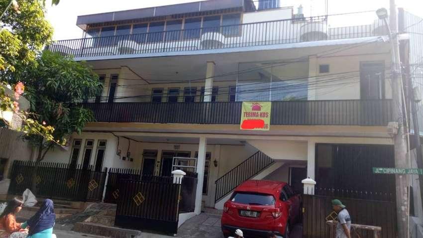 Jual KOS 3 Lantai Siap Huni  di Jl. CIPINANG JAYA  JATINEGARA, Jakarta