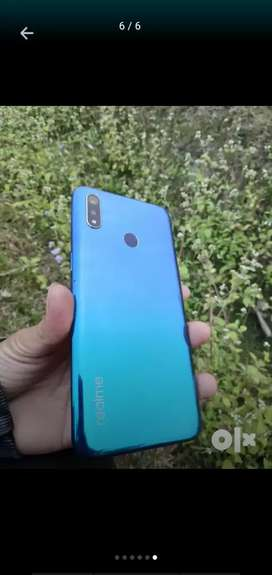 realme3 4month used good contion with all accesary