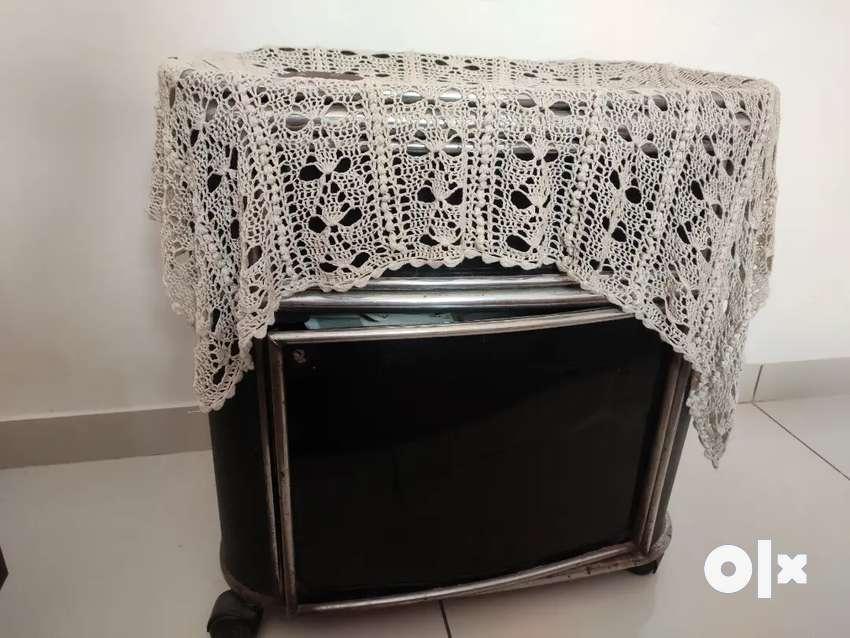 TV TROLLEY 0